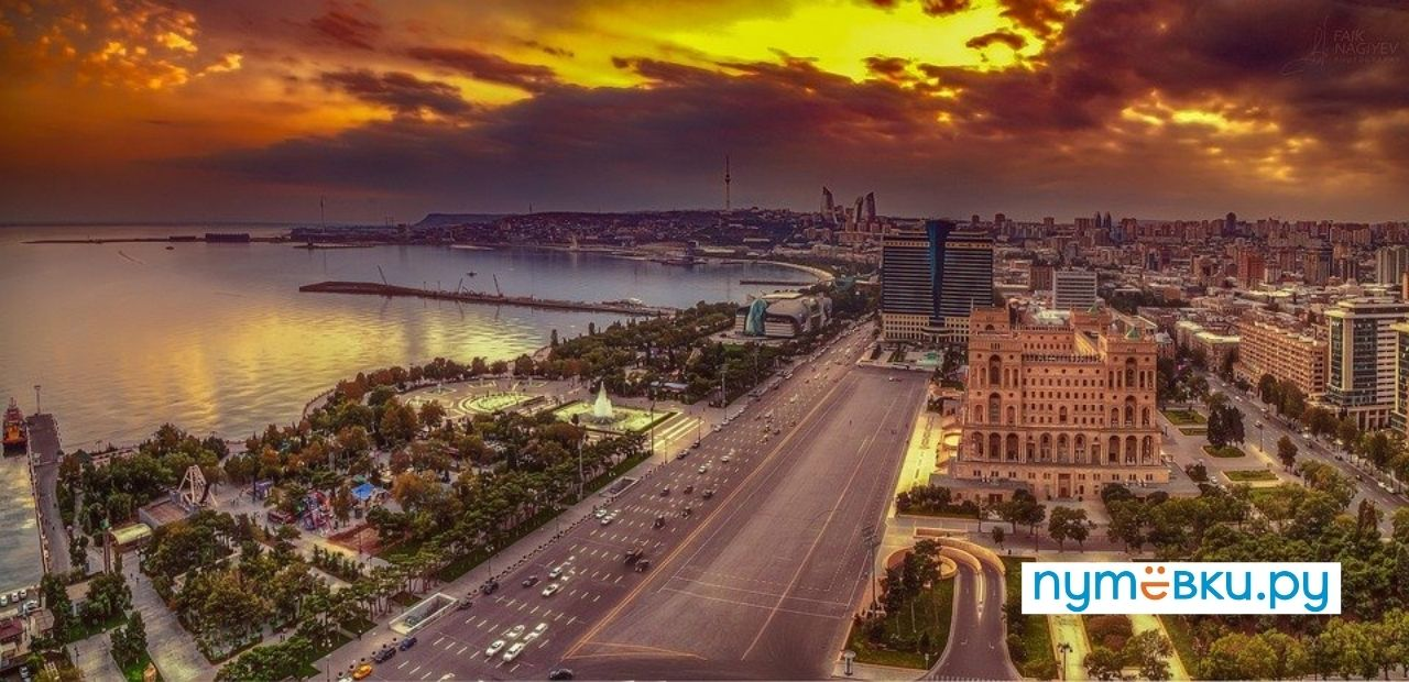 Роспотребнадзор предложил снять требование двух ПЦР-тестов для вакцинированных и переболевших граждан при въезде в РФ.